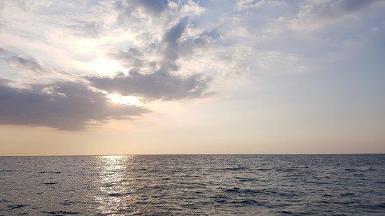 Провинция Замбалес, Филиппины: Liwa-liwa beach Zamabales