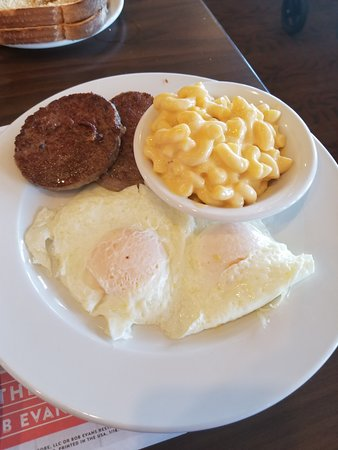 Brunswick, OH: sausages, eggs, MAC AND CHEESE cause they would not let me have toast!