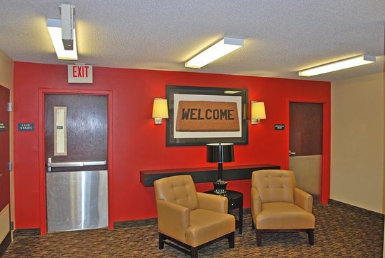 Extended Stay America - St. Louis - St. Peters: Lobby