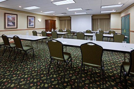 Albertville, Minnesota: Meeting room