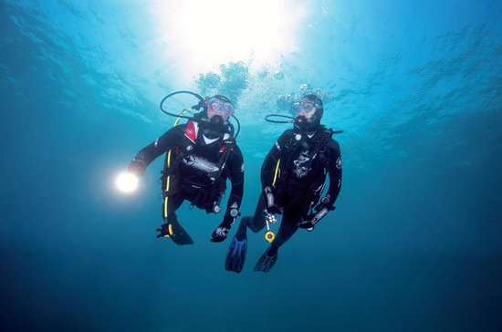 3-Day Open Water Dive Course in...