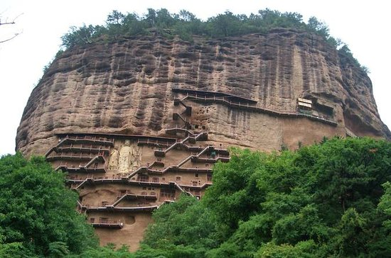 Private Tianshui Day Tour to Maiji...