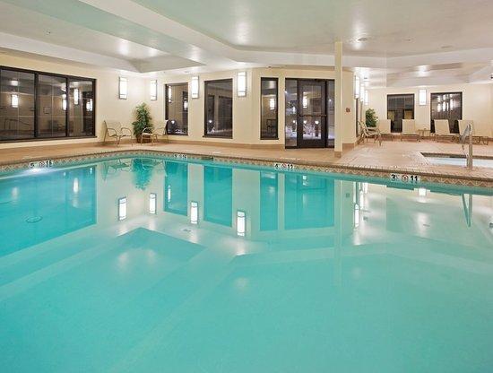 Staybridge Suites Reno Nevada: Pool