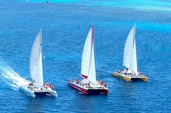 Tour de catamarán y catamarán de...