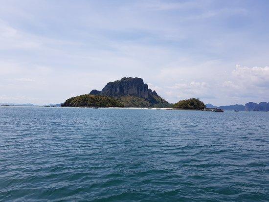 Krabi Province, Thailand: Area nearby Chicken Island Phi Phi