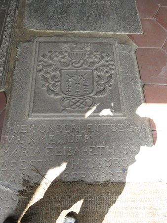 Dutch Reformed Church: Intricately carved gravestones lie on the floor to be stomped on by hordes of tourists