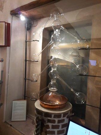 Poli Museo della Grappa: 20180422_121405_large.jpg