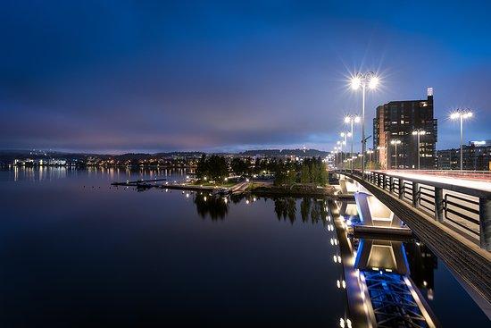 Jyväskylä, Finnland: View to the harbour and famous Kuokkala bridge, photo by: Atacan Ergin