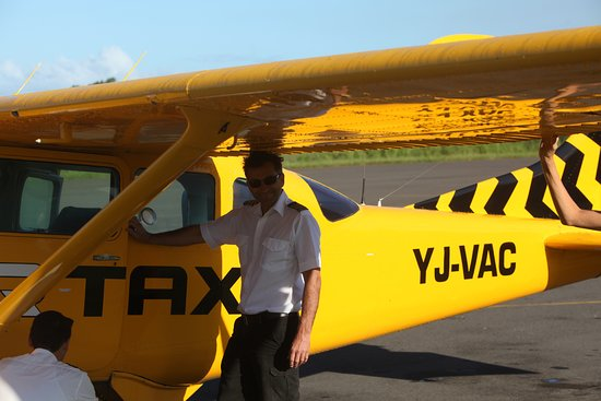 Air Taxi: Our kiwi pilot and Josh to the left