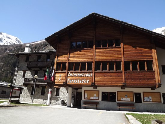 Gressoney Saint Jean, Italie : esterno