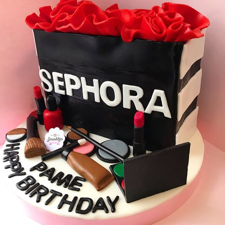 Superb Customized 3D Birthday Cakes Picture Of Smushkies Beirut Funny Birthday Cards Online Alyptdamsfinfo