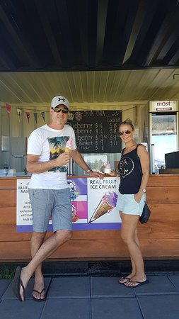 Pukenui, New Zealand: Yummy Fresh Fruit ice creme