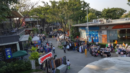 The Cottage Suvarnabhumi: Ladkrabang market