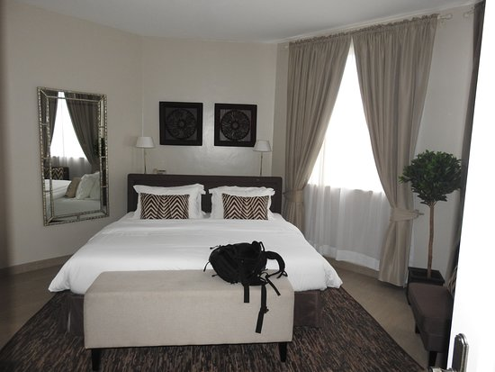 Palacina Residence & Suites: A room with ample space!