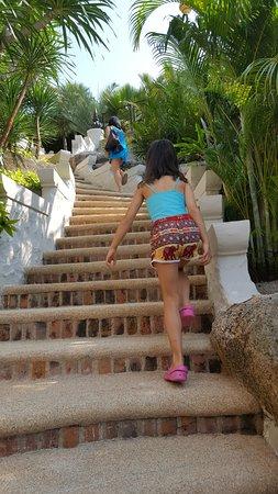 Jamahkiri Resort & Spa: Steps