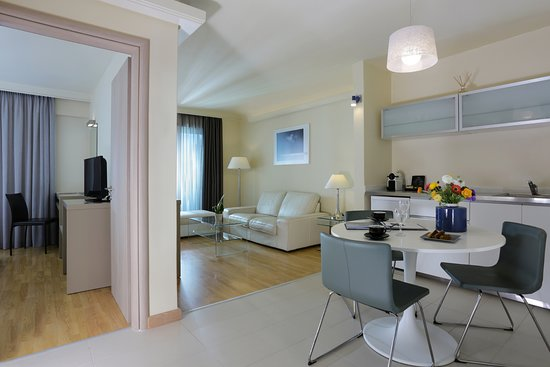 the blazer suites hotel 173 2 2 0 updated 2019 prices rh tripadvisor com