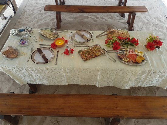 lunch table setting standard new indigo seychelles table setting for 2 cold picnic lunch picture of