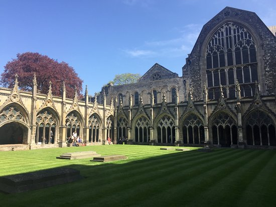 Canterbury Cathedral: Out the back of the cathedral
