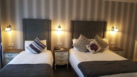 Castle Arch Hotel: 20180425_154218_large.jpg