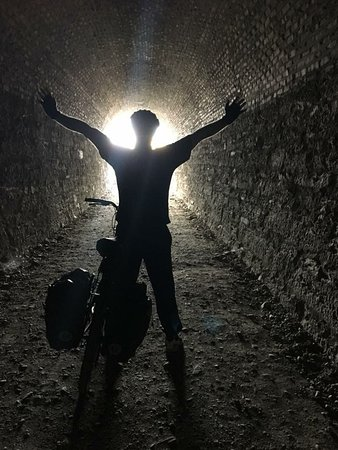 Central Otago, Nowa Zelandia: Alien in the tunnels