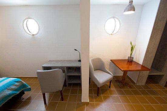 Hotel Casa Baluarte : Escritorio Junior Suite