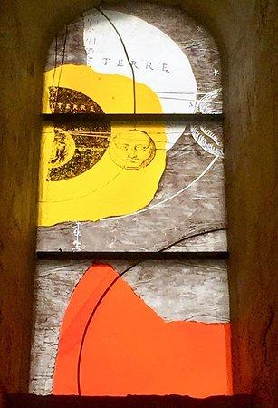 Trizay, Γαλλία: Des vitraux originaux