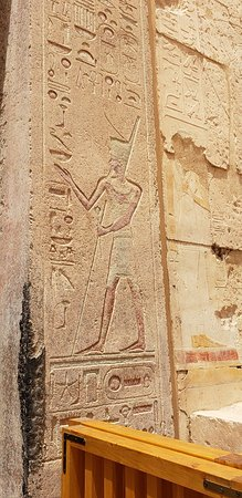 Templo funerario de Hatshepsut en Deir el Bahari: 20180413_114841_large.jpg