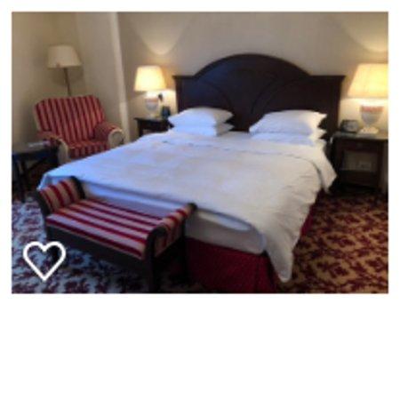 Hilton Sibiu: King size bed