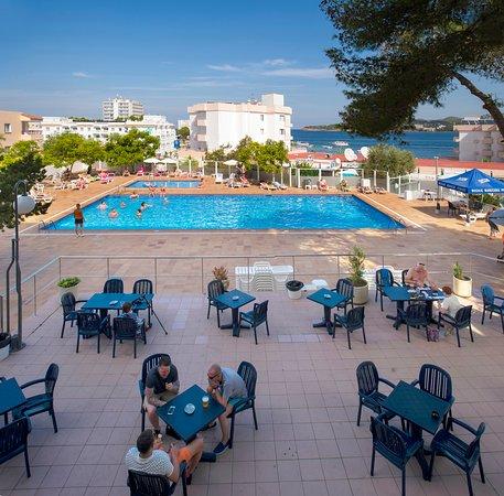 Hotel playasol riviera ibiza port d 39 es torrent prezzi for Soggiorno ibiza