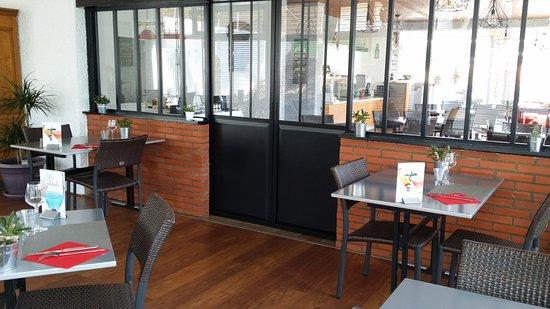 hotel les cols verts la tranche sur mer frankrijk foto 39 s reviews en prijsvergelijking. Black Bedroom Furniture Sets. Home Design Ideas