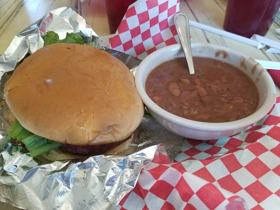 The Roost: Cheeseburger & beans