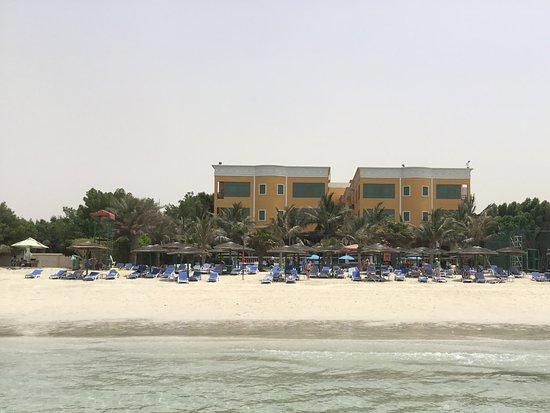 Sahara Beach Resort Spa 5 Шарджа