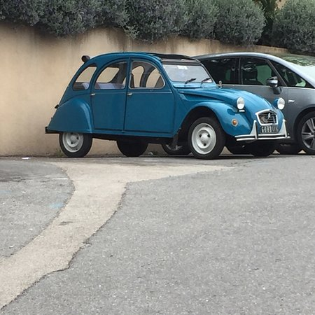 2CV Escapade Tours