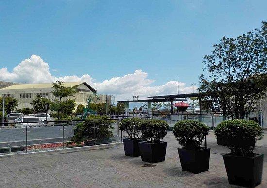 Davao City, Philippines: un lato della terrazza