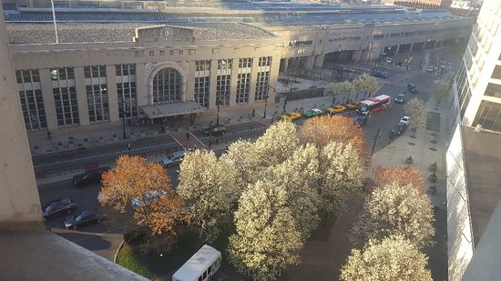 Hilton Newark Penn Station: 20180423_070209_large.jpg