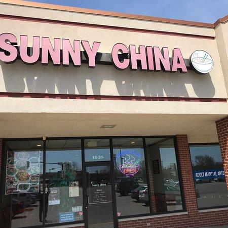 sunny china house picture of sunny china house springfield tripadvisor. Black Bedroom Furniture Sets. Home Design Ideas