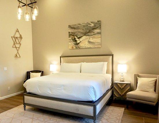 Creekside Inn at Sedona: Rose Quartz