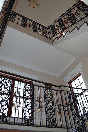 Serene Manor Photo