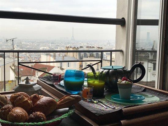 Une Chambre a Montmartre: Colazione con vista