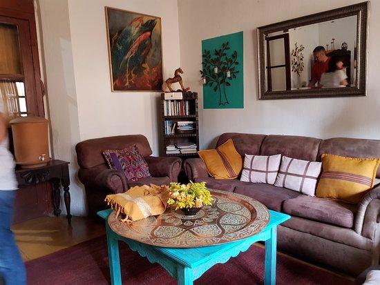 Hotel Casa Cristina: 20180426_075128_large.jpg