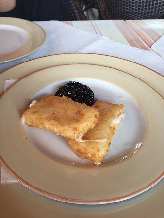 Restaurante la Puntilla Casa Menso: 1/2 de Queso Frito