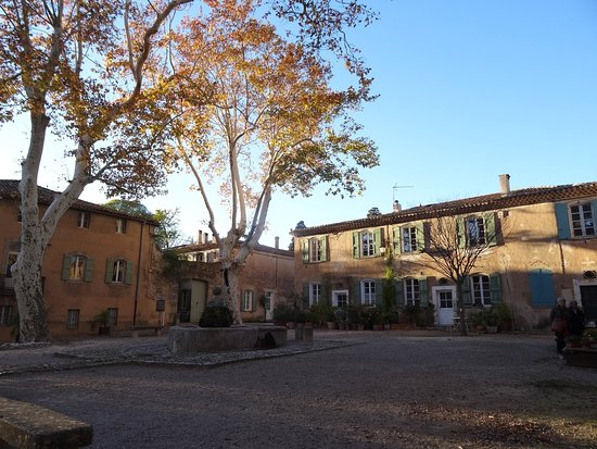 Villeneuvette, ฝรั่งเศส: Main courtyard