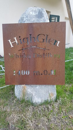 Santa Maria Val Müstair, Suiza: High Glen Whisky Destillery