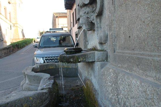 Vignanello, Italia: acqua