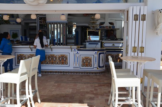 mooi interieur - Picture of Cafe del Mar Ibiza, Sant Antoni de ...