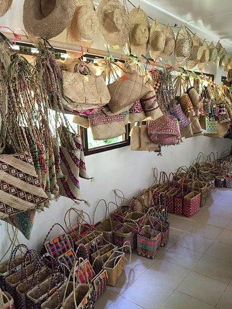Lakatoro, Vanuatu: Lots of products