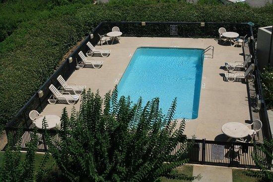 Fultondale, AL: Pool