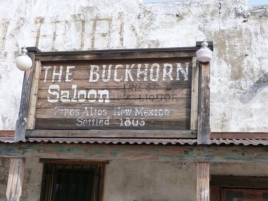 ‪‪Buckhorn Saloon & Opera House‬: Sign in front‬