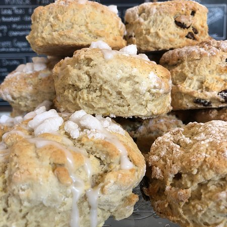 Seale, UK: Homemade lunches and cakes!