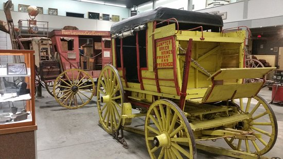 Baker Heritage Museum: Wagons